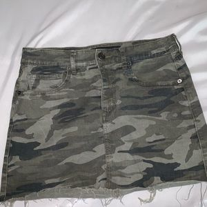 Camp skirt